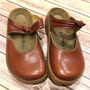 Tatami Birkenstock Clogs NWOT Size 38